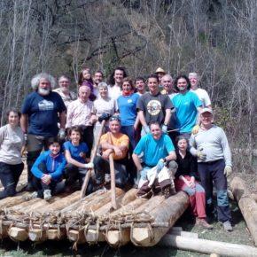 Primer día de construcción de nabatas y de las XVI Jornadas del río Gállego